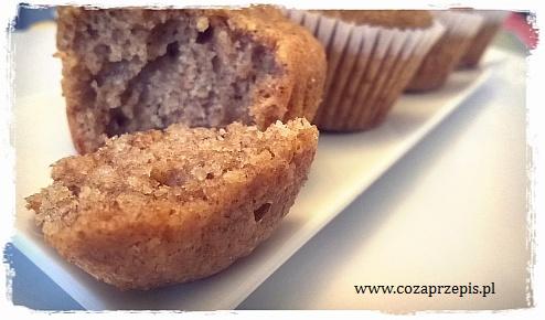Muffinki pełnoziarniste z siemieniem lnianym