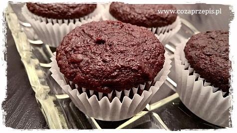 Muffinki kakaowe z burakami