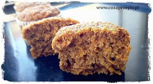 Muffinki marchewkowe pełnoziarniste