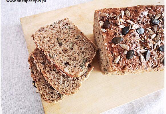 Chleb pszenno – żytni z otrębami i ziarnami