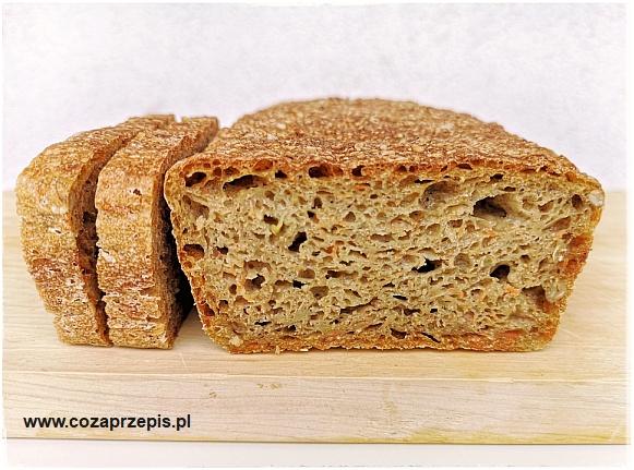 Chleb z cukinią i marchewką